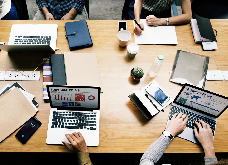 Teamwork at boutique investment banks